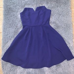 NWT blue strapless fit and flare Tobi dress